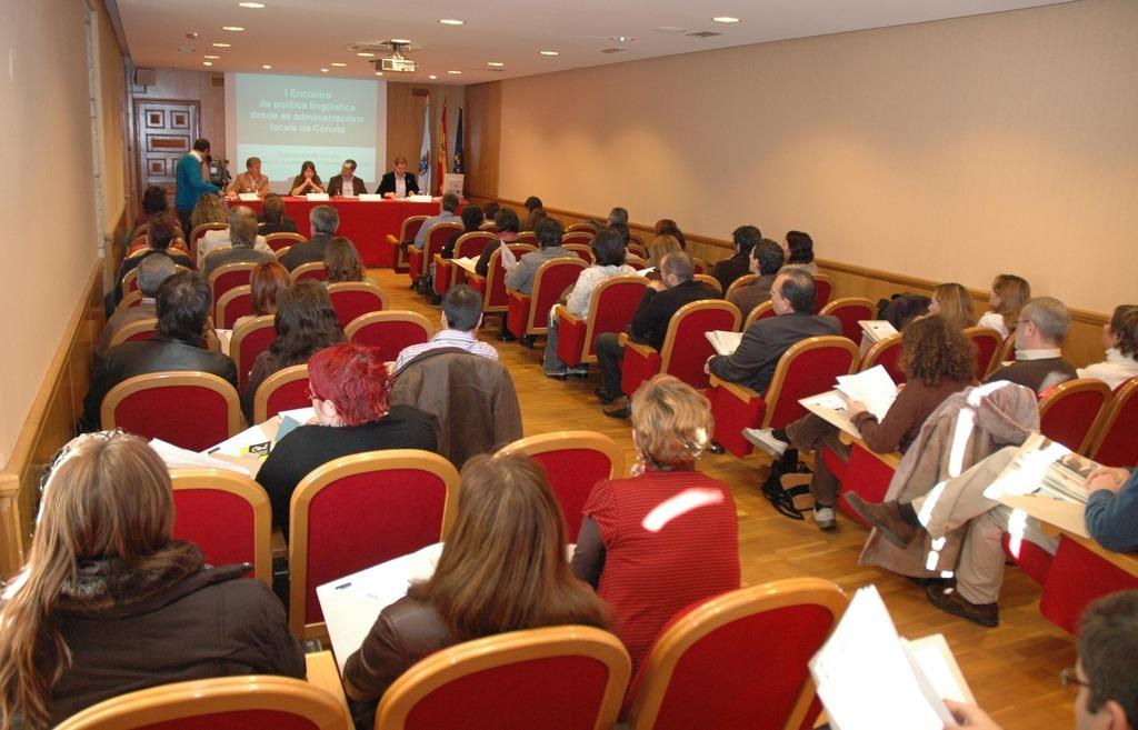A Deputación da Coruña contribúe cos servizos de normalización lingüística de 52 concellos