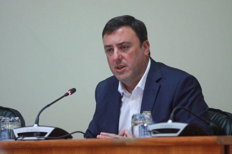 González Formoso reclama financiamento para as numerosas competencias que a Xunta atribúe a deputacións e concellos