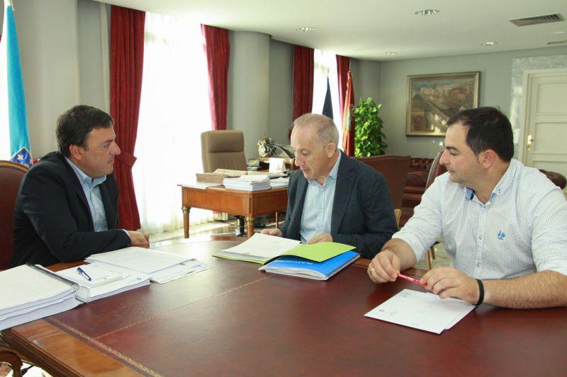 González Formoso e García Pose estudan vías para potenciar a Festa da Pataca de Coristanco