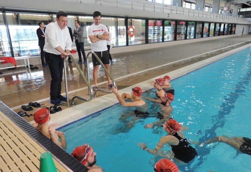 A Deputación financia con 306.000 euros os servizos de socorrismo das piscinas e praias fluviais de 43 concellos da provincia
