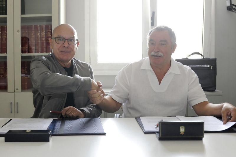 A Deputación da Coruña destina 40.000 € a un camión do lixo para o concello de Oleiros