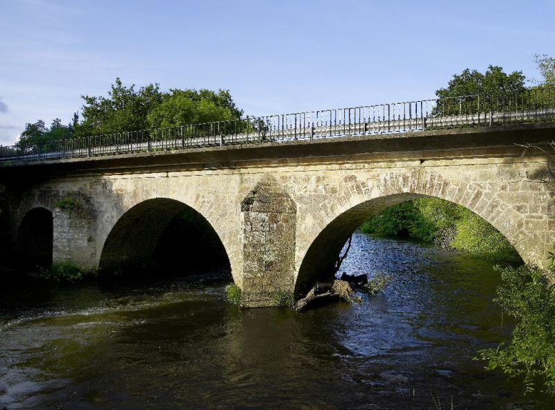 A Deputación adxudica por 98.000 euros as obras de reparación da histórica ponte Albar