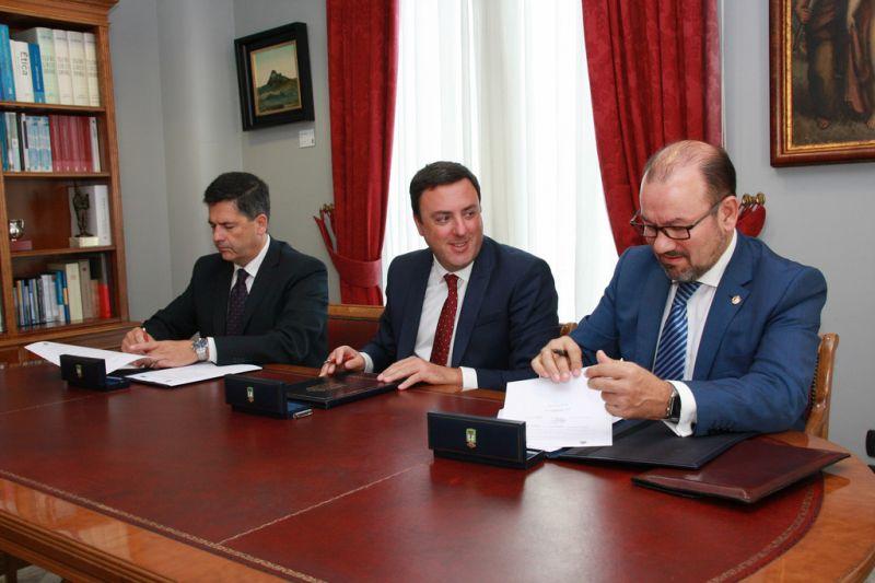 Alumnos da Escola de Práctica Xurídica da USC realizarán prácticas nos concellos da provincia co apoio da Deputación da Coruña